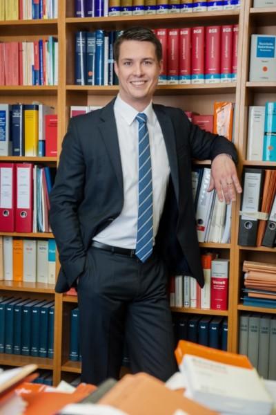 Dr. Marcus Hirschfelder